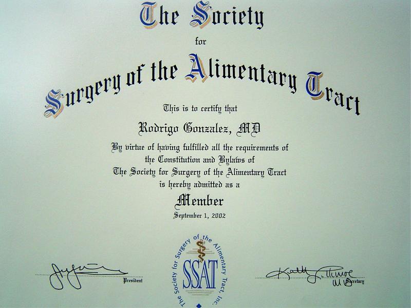 Miembro de la Sociedad Americana de Cirugía del Tracto Alimenticio (Society of Surgery of the Alimentary Tract)